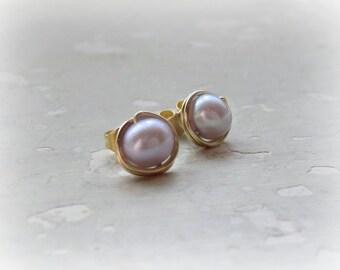 Pearl Stud Earrings,Lavender Stud Earrings,Gold Filled Studs,Pearl Post Earrings,Freshwater Pearl Earrings,Lilac Stud Earrings,Lavender Post