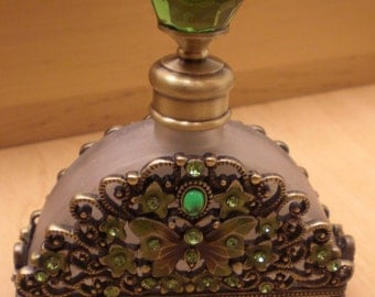 Antiqued Brass Green Crystal Butterfly Frosted Glass Perfume Bottle