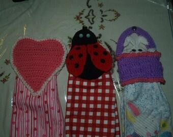 3 Crochet Towel Toppers Pattern-Valentine Heart-Ladybug- Easter Peeking Bunny In Basket