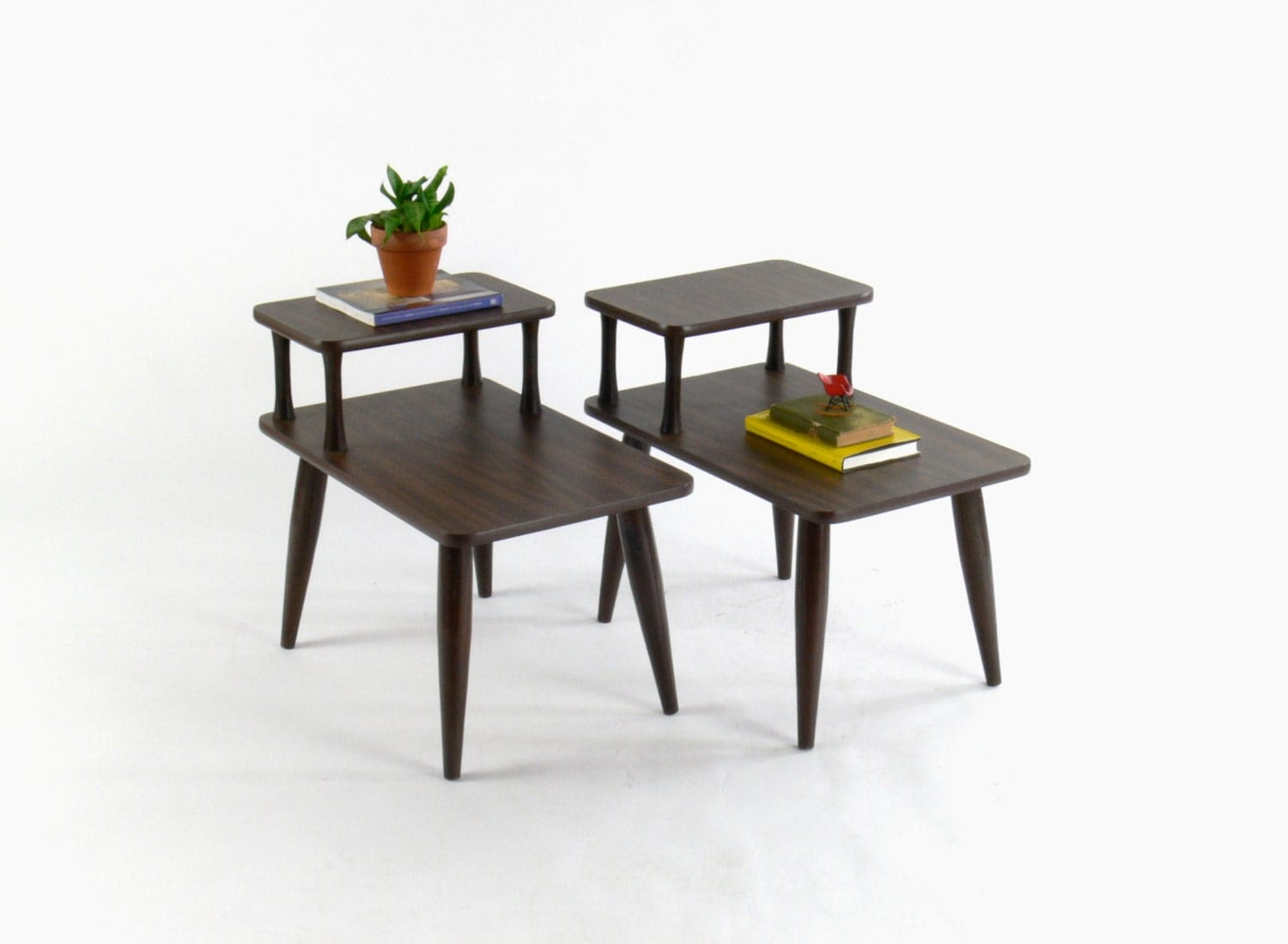 mid century modern two tier side end tables set of 2. Black Bedroom Furniture Sets. Home Design Ideas