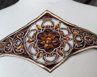 Cute  beaded and   embroidered  applique with  rhinestones   1 pieces listing