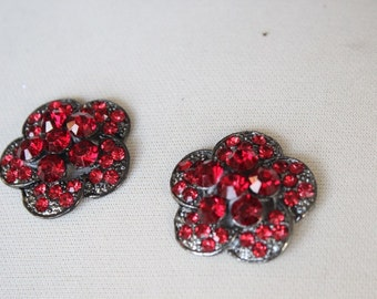 Beautiful silver  color   buckle with red color  rhinestones   2 pieces listing