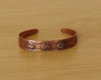 Vintage Native American copper cuff  in small or child size