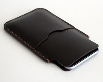 Hand Stitched Smartphone Sleeve in Oil Pull Up Dark BROWN