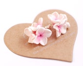Flower studs, Lilac earring, flower posts, spring jewelry white and pink studs post bridesmade flowergirl accessories