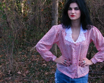 Vintage 1980s Red and White SECRETARY blouse Top with LACE Collar