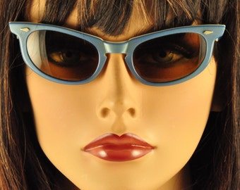 American Optical Vintage Sunglasses, Cosmetan Lenses, Layered Blue over White, Ready to Wear!