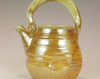 Handmade  teapot, 4 cup teapot, Golden Brown Teapot, Wheel thrown teapot.