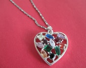 Vintage COSTUME JEWELRY  /  rhinestone heart necklace