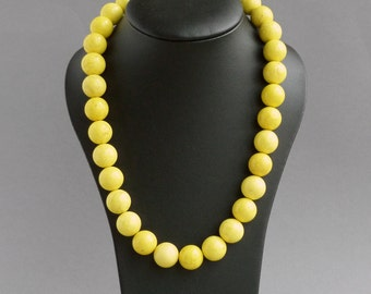 Chunky Yellow Necklace - Neon Yellow Beaded Necklace - Lemon Bridesmaid Gifts - Stone Jewelry - Bright Yellow Chalk Turquoise Necklace