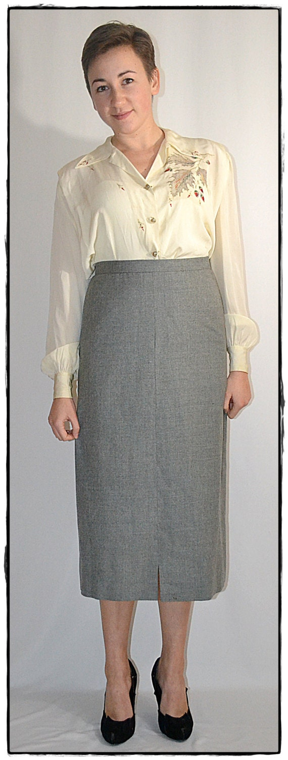 vintage1950s gray wool flannel pencil skirt by