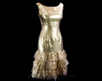 Size 4 Bombshell Cocktail - Va Va Voom! 1950s Gold Dress - Shiny Metallic Lame - 50s Pin Up Glamour - Like New - Bust 34 - Waist 26 - 42856