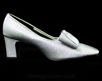 Size 6 1/2 Sparkling Silver Shoes - 1960s Metallic Heels - 60s Pumps - Fine Metallic Brocade - Square Bows - Evening - Deadstock - 43159-1