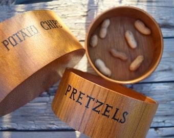 Vintage snacks bowls set of 3 wooden nesting bowls potato chips pretzels peanuts party serving stacking bowls Japan