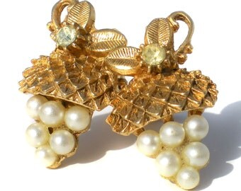 Vintage Jewelry Clip On Earrings with White Faux Pearl Clusters on Brass and Rhinestone Accents