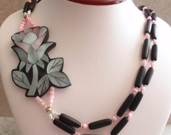 Inlaid Shell Necklace Lee Sands Style Side Flower Blue Pink Mother of Pearl Hawaiian Wedding Vintage 102714BH