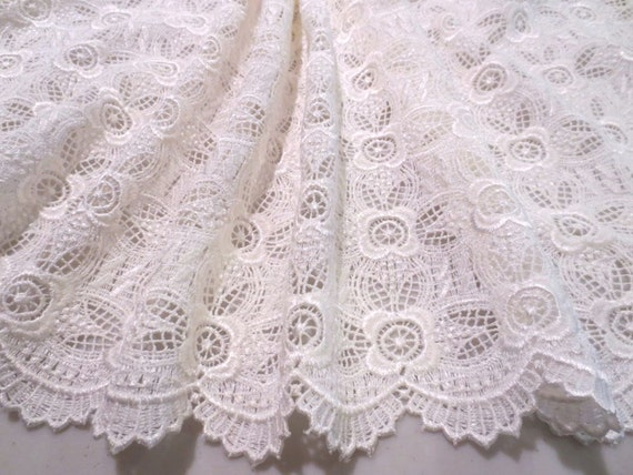 Ivory Floral Design Guipure Lace Fabric--One Yard
