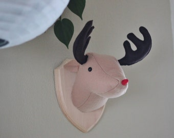 Faux Taxidermy Stuffed Animal Rudolph The Red Nosed Reindeer Wall Mounted Head Vegan Christmas Decoration