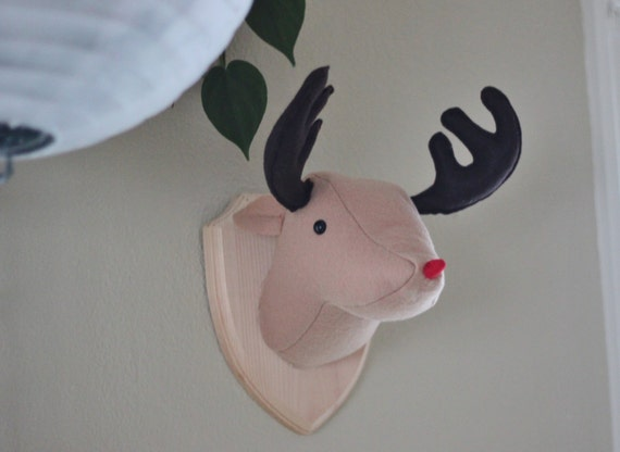 faux taxidermy stuffed animal rudolph the red nosed reindeer. Black Bedroom Furniture Sets. Home Design Ideas