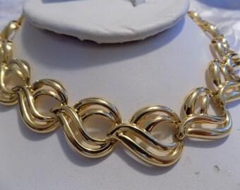 Vintage necklace, golden wavy leaves flexible choker necklace, 17 & 1/2 inch necklace, vintage jewelry