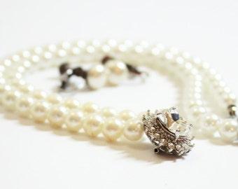Bridal Set  Pearl Necklace Pearl Earrings 2 Piece Set  Vintage Pearls  Wedding Jewelry Rhinestone Pendant Screw Earrings 1950's Traditional