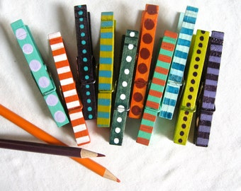 10 PAINTED CLOTHESPINS stripes and dots magnetic