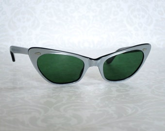 Cateye Cat Eye Sunglasses Shades made in France  /  Vintage Cat Eye Sunglasses Made in France 1960s  /  60s Eye Glasses  SwirlingOrange11