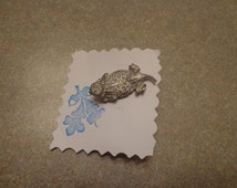 Handmade Pewter Color Metal Horny Toad Tac Pin