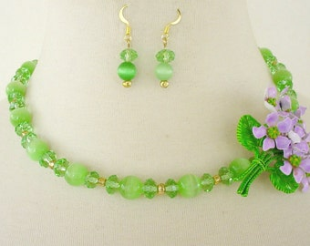 Green Statement Necklace, Floral Repurposed Brooch, Assymetrical Necklace, Necklace Earring Set, Springtime Necklace, Easter Necklace