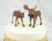 Moose Wedding Cake Topper North Woods Cake Topper Alaska Mr and Mrs Moose Rustic Hunter Hunting Wedding Shower Bride Groom Moose