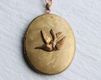 Hummingbird Locket ... Vintage Bird Pendant