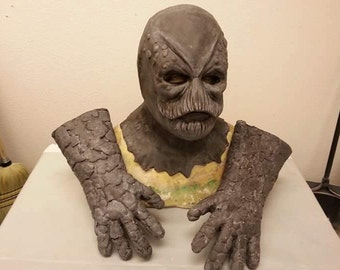 putty patrol from power rangers mask and gloves