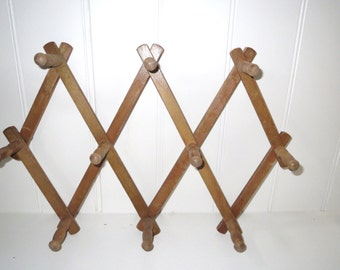 Vintage Peg Rack, Accordion Folding Wood Rack, Jewelry Holder, Hat Rack, Scarves, Clothing
