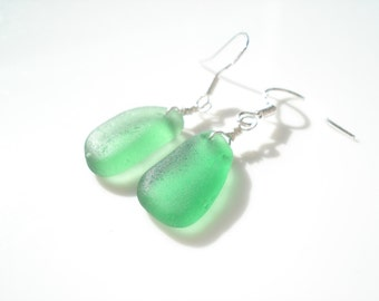 Sea Glass hook earrings of bright green drops suspended from Sterling Silver hooks - E1356 - from Seaham,  UK