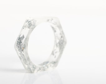 size 7.5 thin hexagonal eco resin ring | clear resin with metallic silver flakes