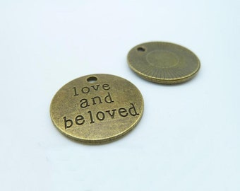 """15pcs 20mm Antique Bronze Letter """"Love And Beloved"""" Charms Pendant c1886"""