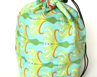 SALE - Drawstring bag - small reversible - knitting bag - green/orange flowers