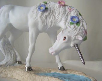 Vintage Unicorn Princeton Gallery Loves Purity Porcelain Unicorn Fantasy Horse 1991 White Porcelain Unicorn Pegasus Silver Tone Hooves