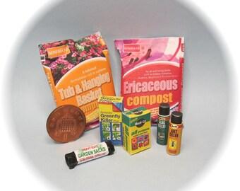 Dollhouse miniature garden / shed / greenhouse supplies / compost plus set