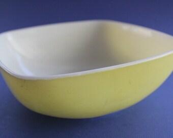 Yellow Pyrex Bowl, Square Bowl