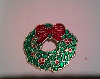 Vintage Wreath Pin