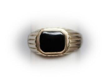Sterling Silver Black Onyx Fashion Ring