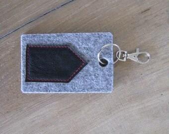 minimal house keychain key fob - black house bag charm or keychain - grey felt and black leather - new house gift - housewarming gift