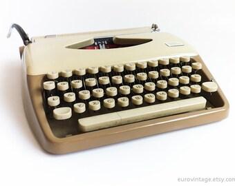 Vintage Portable Typewriter Triumph Tippa Beige & Cream