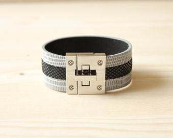 Three Lined Lizard Leather Bracelet(Grey)