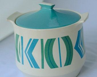 Vintage Caldor ovenware bowl / soup bowl