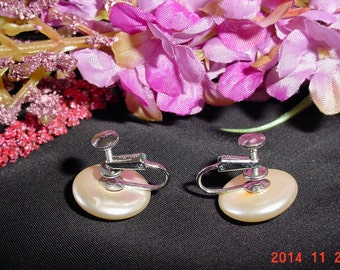 Vintage 1960s Richelieu Pearl Button Earrings - Faux Pearl Screw On Earrings