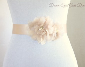 Blush Organza Flower Bridal Sash, Blush Bridal Belt, Blush Wedding Belt