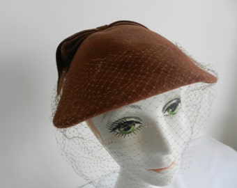 Chocolate Brown Velour Felt Hat by Louise with Veil, 1950s Size 23