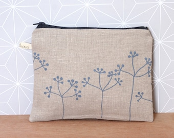 Zipper pouch with flowers in grey